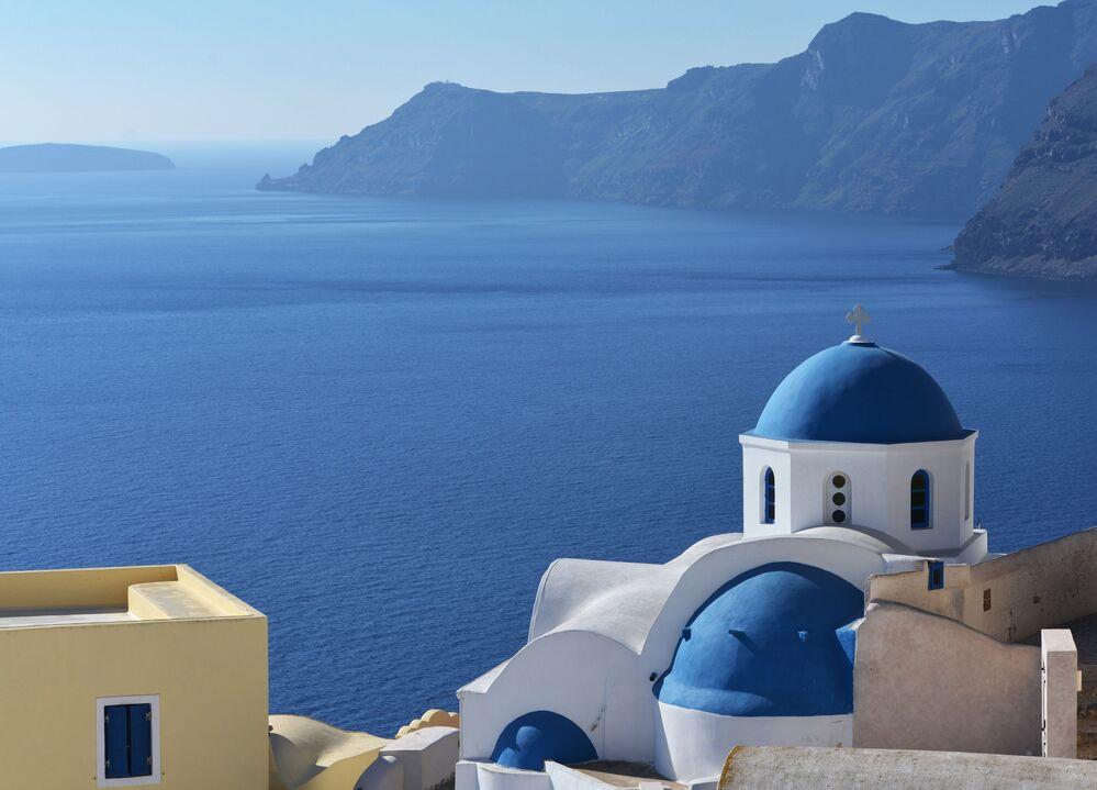 Budynki miasta Oia w Grecji