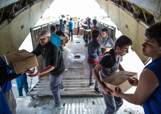 Rosyjski samolot z pomocą humanitarną dla Syrii