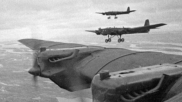 Radziecki ciężki samolot bombowy TB-3, ZSRR, 1936-1937 r.  - Sputnik Polska