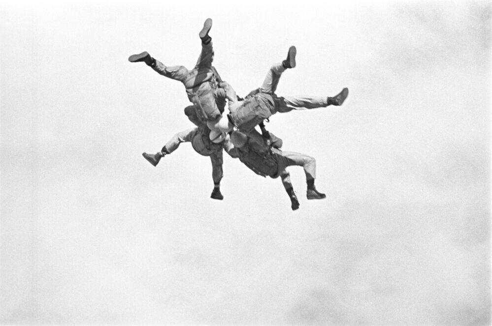 Ćwiczenia wojsk powietrznodesantowych ZSRR, 1965 r.