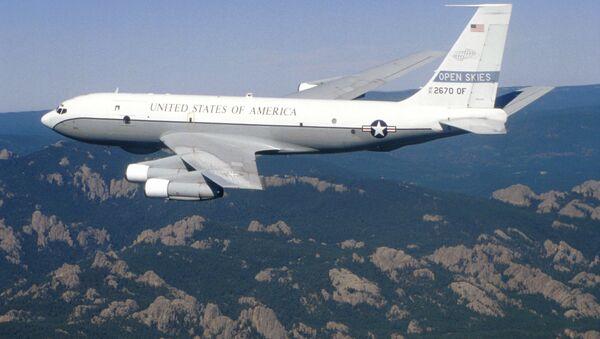 Samolot zwiadowczy Sił Powietrznych USA Boeing OC-135B Open Skies. Zdjęcie archiwalne - Sputnik Polska