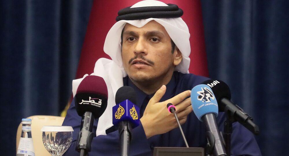 Minister spraw zagranicznych Kataru Mohammed bin Abdel Rahman Ben Jassem Al Thani na konferencji prasowej