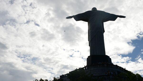 Pomnik Jezusa w Rio de Janeiro - Sputnik Polska